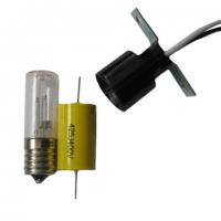 لامپ UV ولتاژ 10 ولت توان 3 وات همراه سرپیچ و مدار راه انداز بالاست 220 ولت