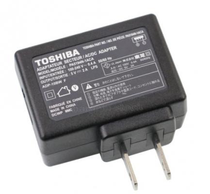 آداپتور 5 ولت 2 آمپر برند TOSHIBA مناسب برای رزسپبری پای (بدون کابل USB)